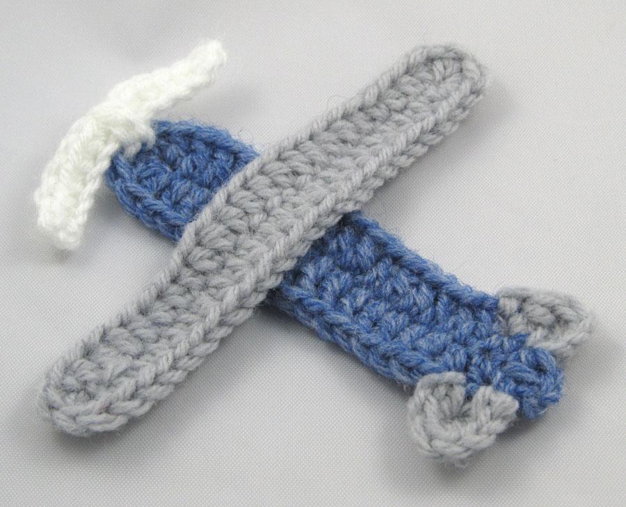 Crochet Airplane Applique Squirrel Picnic