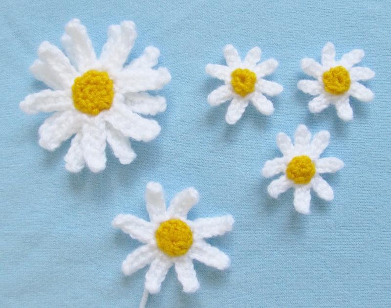 Crochet Small Daisy Flower Pattern : Your World Needs More Cuteness: Spring Daisy Crochet ...
