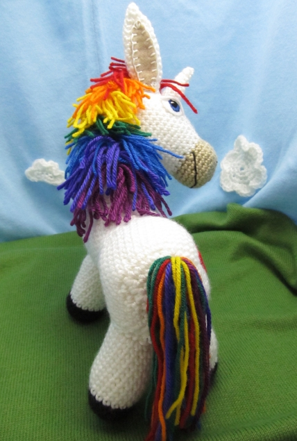 Make The Cut >> Rainbow Donkey / Unicorn Crochet Pattern by Squirrel Picnic