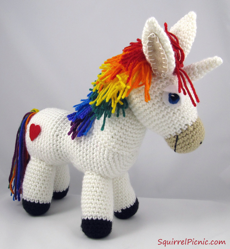 Crochet Unicorn : Rainbow Donkey / Unicorn Crochet Pattern by Squirrel Picnic