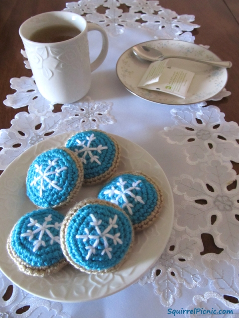 Snowflake Frosted Sugar Cookie Free Crochet Pattern