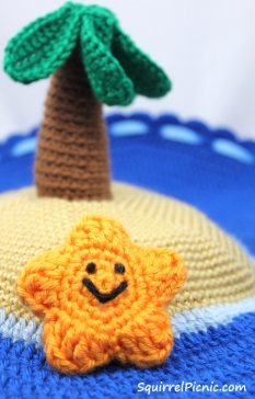 Crochet Starfish by Squirrel Picnic