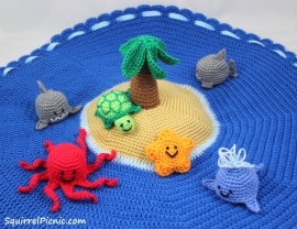 Island Play Set by Squirrel Picnic