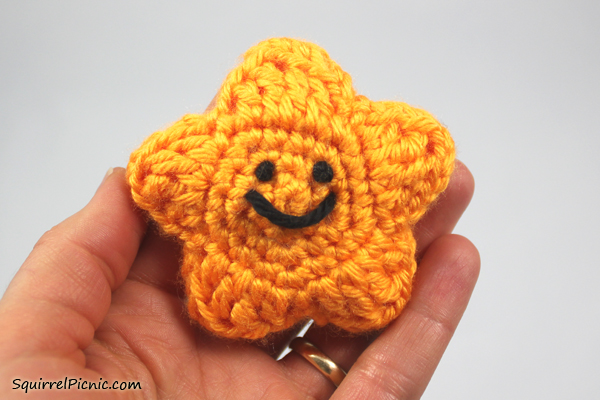Amigurumi Smiley Faces Comment par Squirrel pique-nique