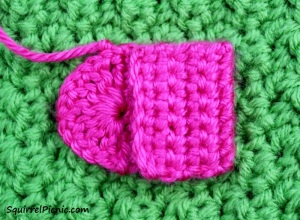 Crochet Purse for Your Squirrel Friend Step 2