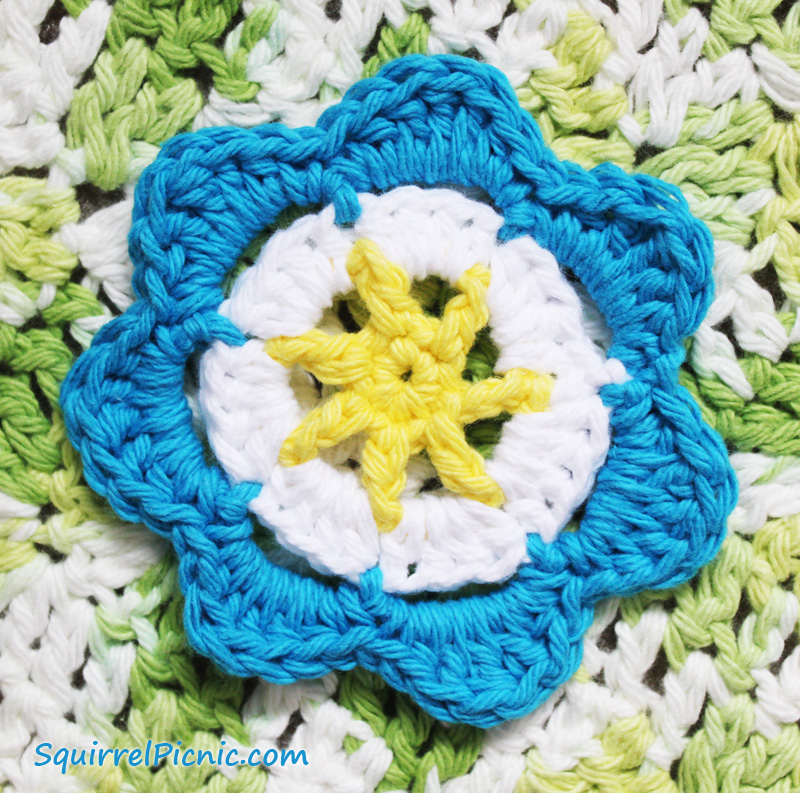 Medium Crochet Flower Pattern : Spring Meadow Rug Crochet Pattern Squirrel Picnic