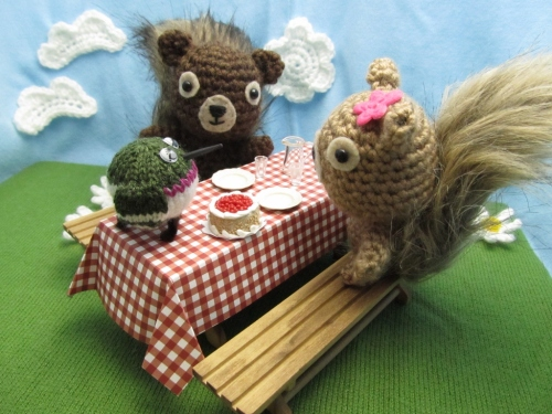 Picnic with Squirrels and Hummingbird 4