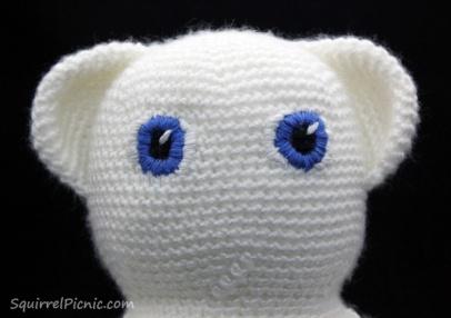 Satin Stitch Tutorial by Squirrel Picnic