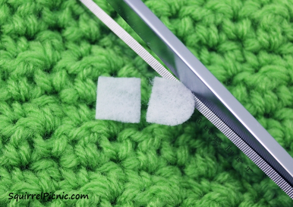 Step 2 Simple Amigurumi Eyes Felt and French Knot