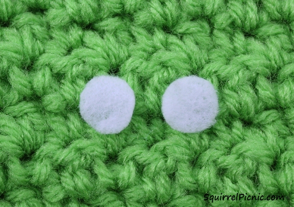 Step 3 Simple Amigurumi Eyes Felt and French Knot
