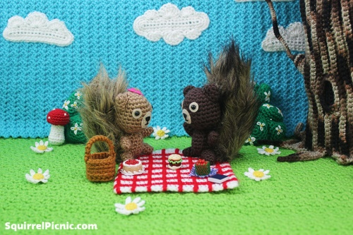 Squirrel Picnic