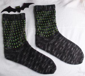in-the-shadows-crochet-socks-by-jennifer-olivarez